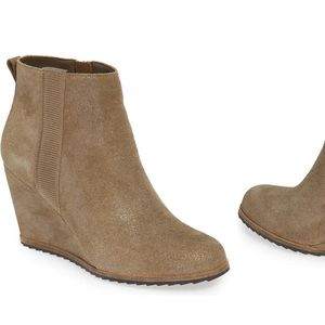 NEW Linea Paolo Winslet Wedge Bootie